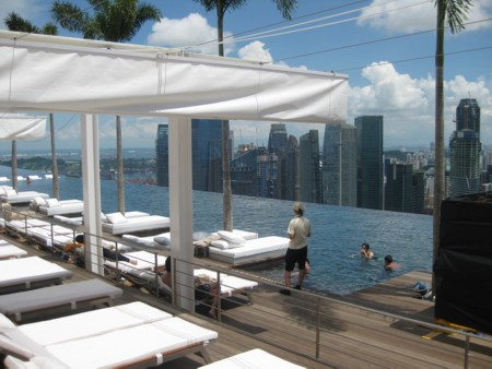 Marina Bay Sands - Sky Park Pool