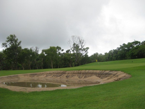 7th hole bunker