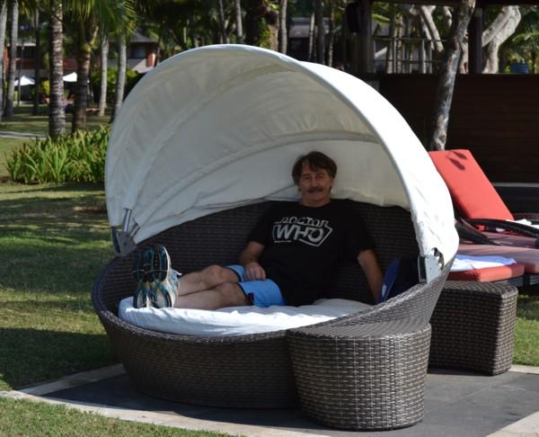 Circular Beach Chair