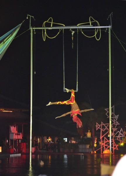 Raphael's Trapeze Act
